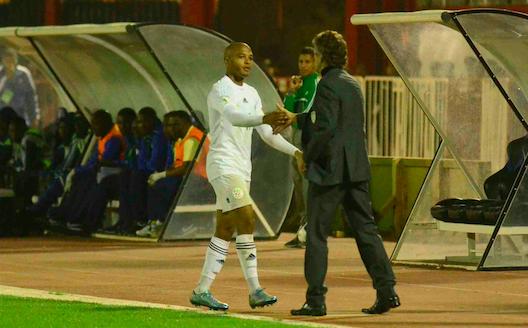 Gourcuff félicite Brahimi à sa sortie