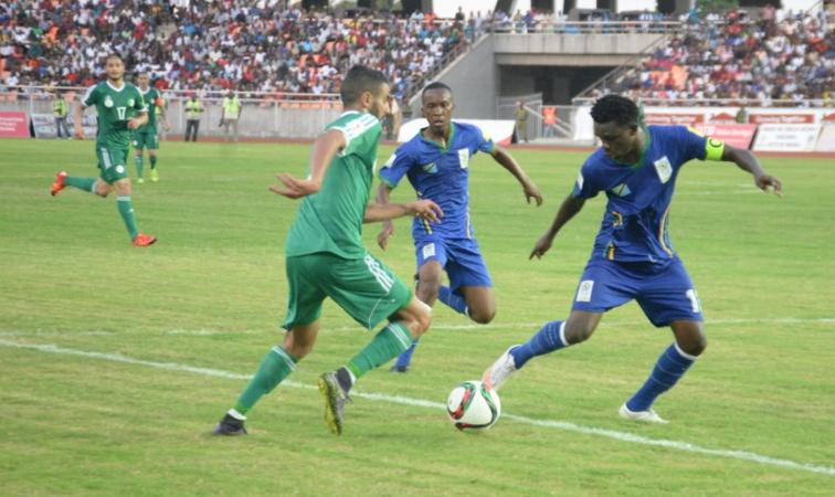 Mahrez en action face à la Tanzanie