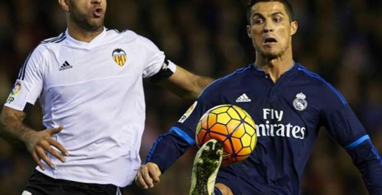 Liga: le FC Valence et le Real Madrid se neutralisent (2-2)