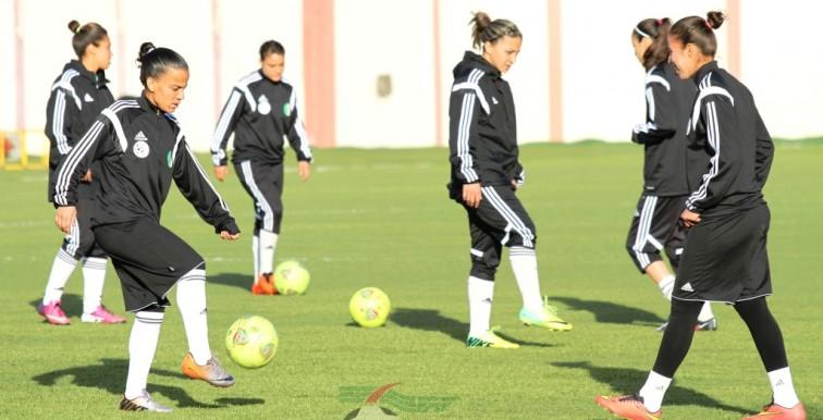 EN Féminine : 16 joueuses en stage à Alger