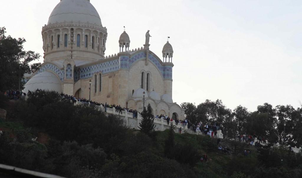 Notre Dame d'Afrique supporters MCA