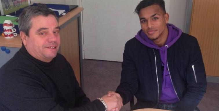Troyes Ligue 1: Yanis Hamzaoui, signe pro !!