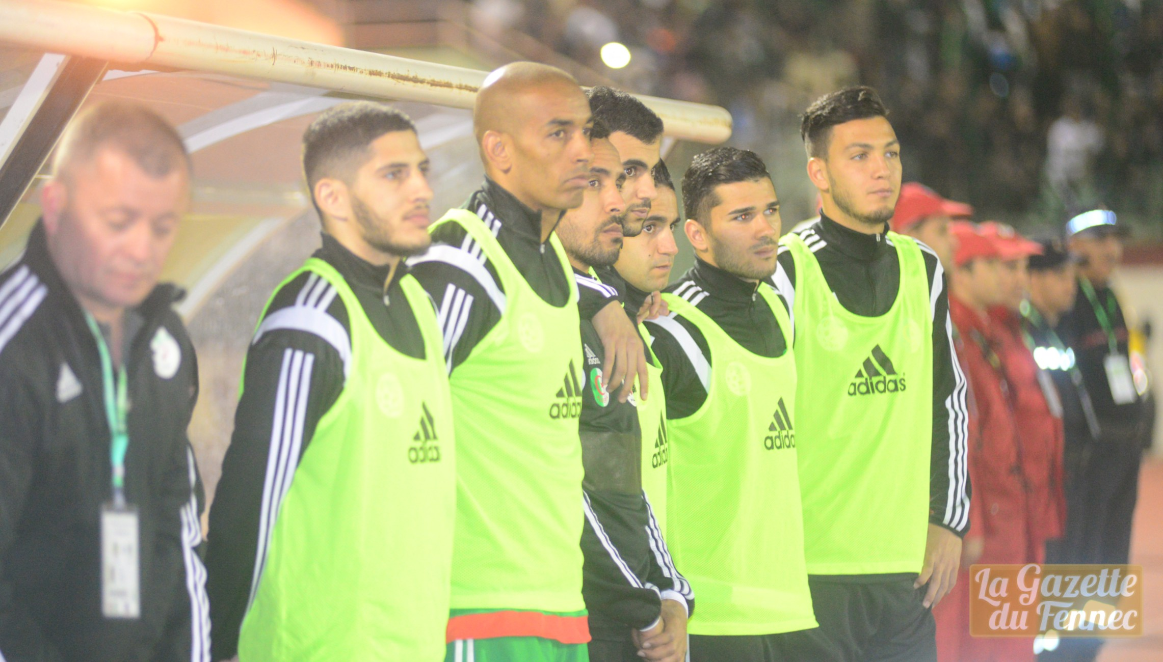 banc benzia bensebaini hymne algerie tchaker