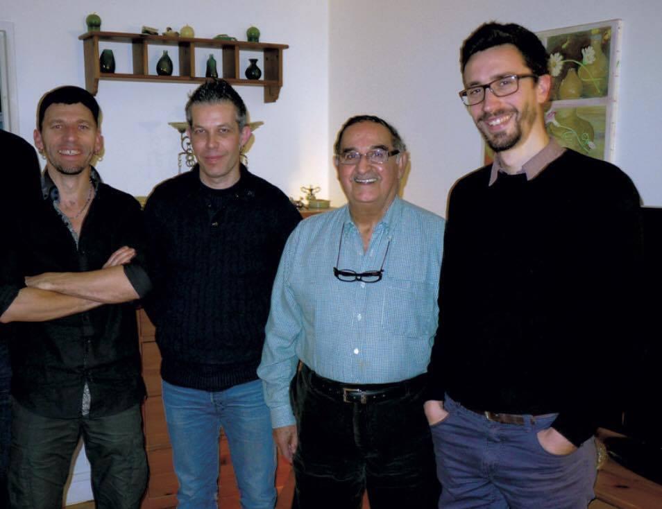 mekhloufi avec les auteurs de la BD
