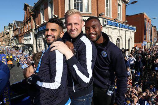 parade Mahrez bus Leicester