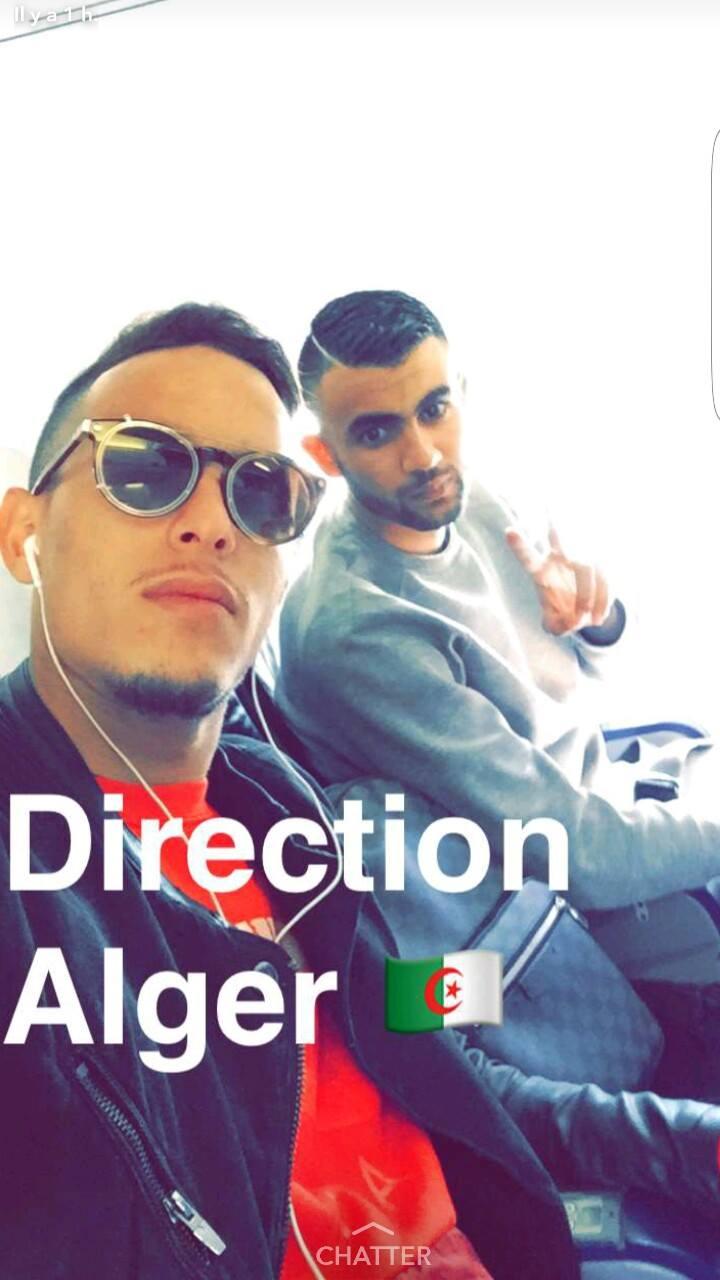 zeffane et Ghezzal dans l'avion