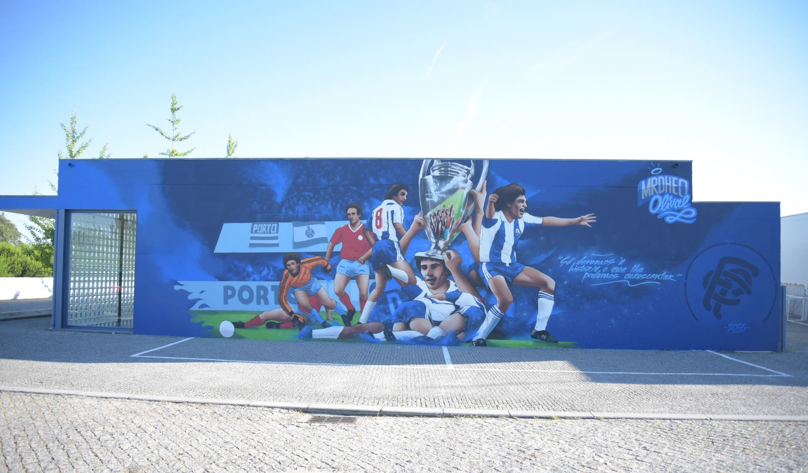 mur entrainement Madjer FC Porto talonnade