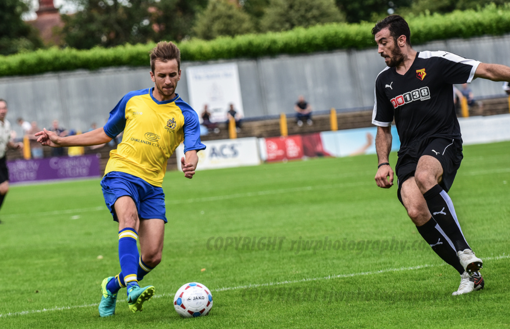Belkalem avec Watford U21