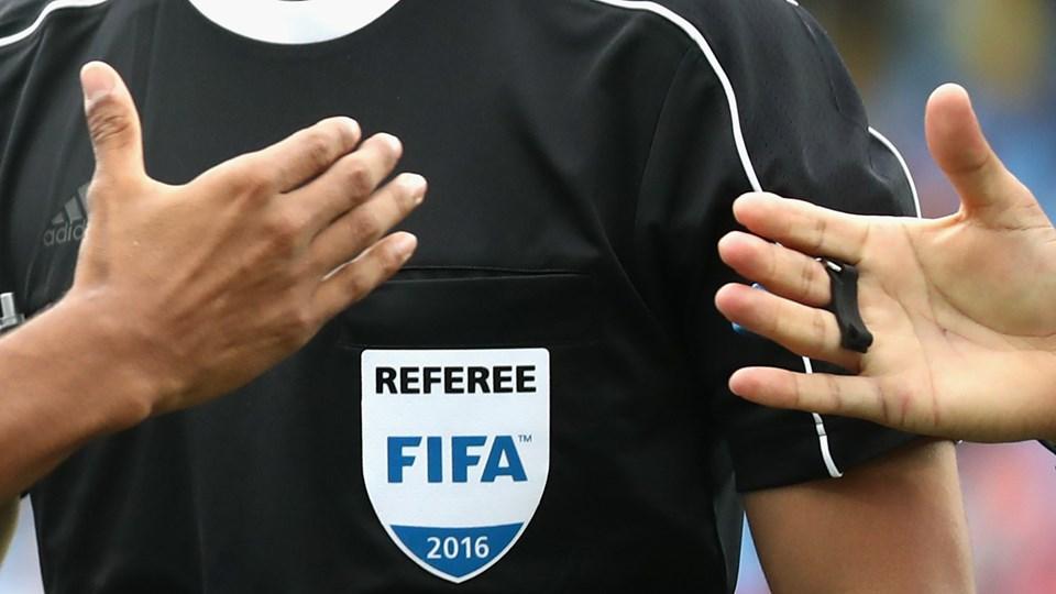 badge arbitre FIFA