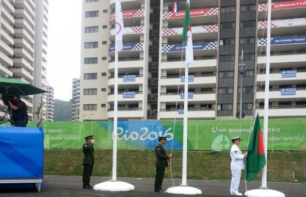 levée drapeau algerie a rio