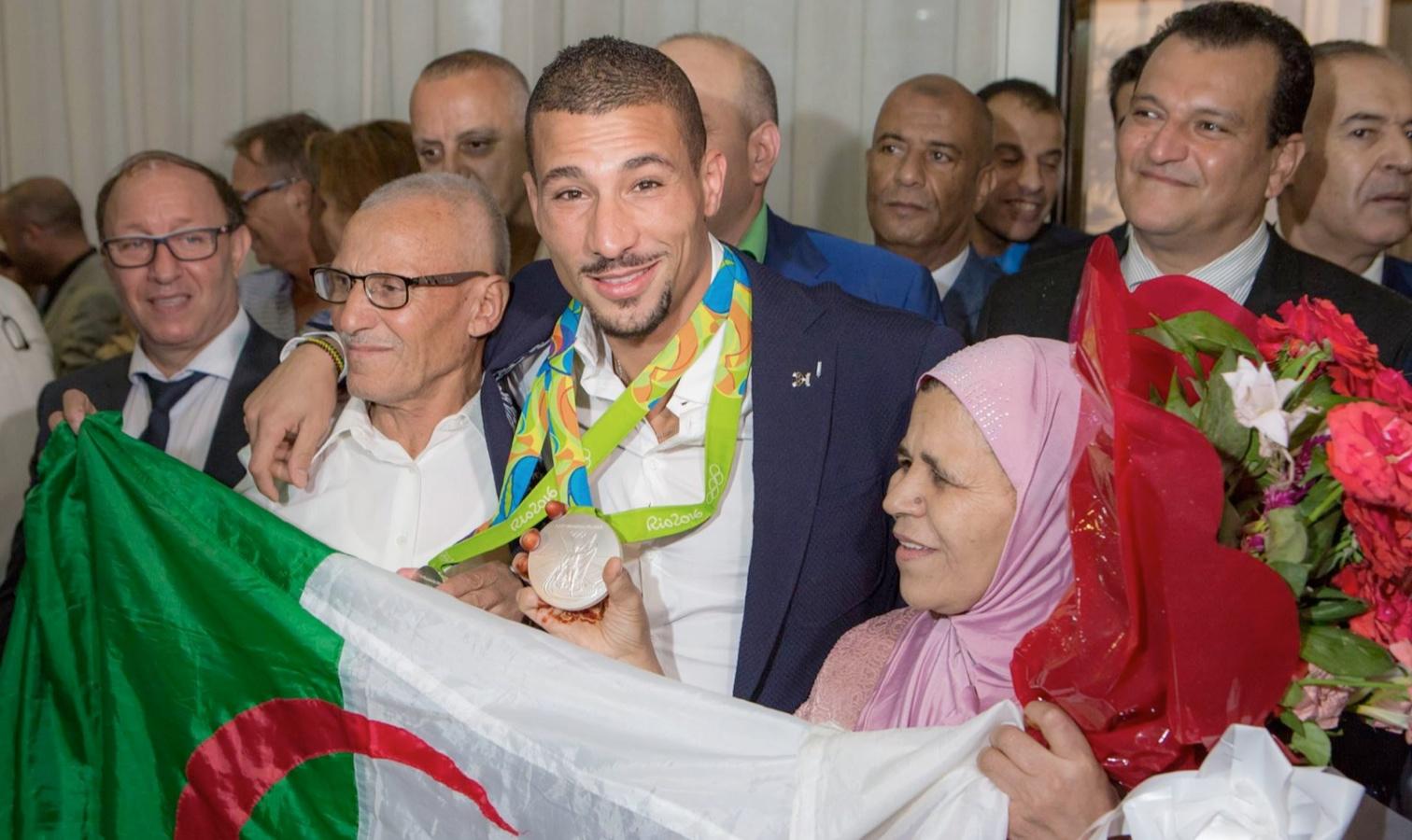 retour makhloufi alger