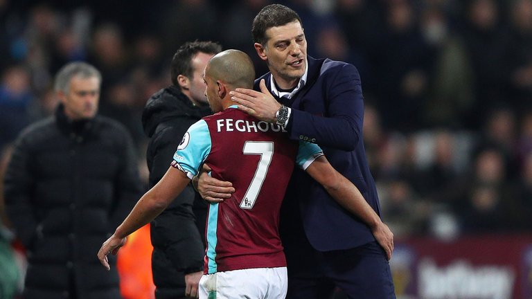 slaven-bilic-sofiane-feghouli-west-ham-united_red-card-rouge