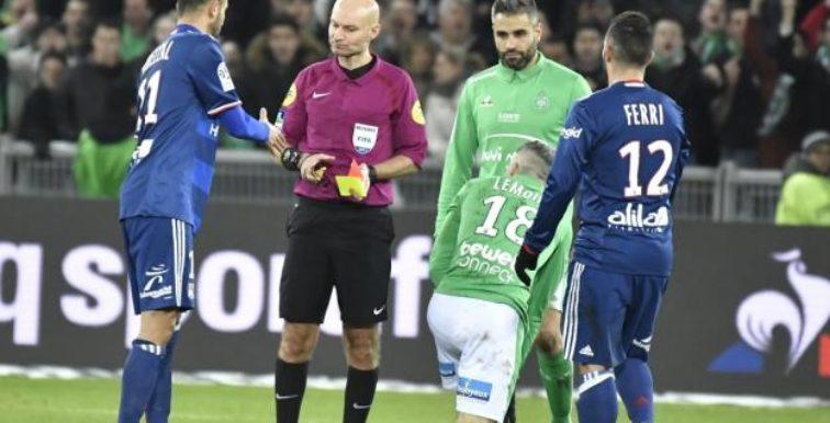 Lyon : Ghezzal, expulsé, pète un plomb !