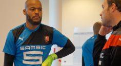 Stade rennais : M'bolhi s'entraîne en solo