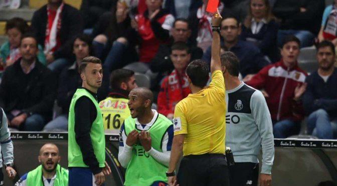 Liga Nos : Porto cale, Brahimi expulsé depuis le banc !