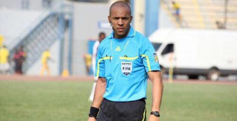 ZAM-ALG : trio arbitral angolais à Lusaka