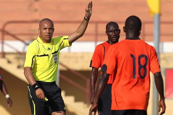 Mondial 2018 : des arbitres angolais pour Zambie-Algérie
