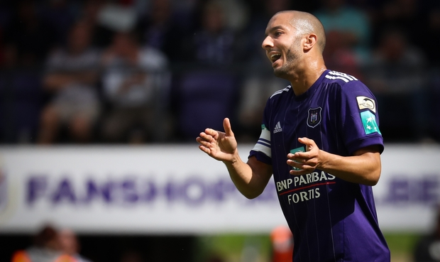 Belgique : Hanni rate un penalty, Anderlecht chute encore