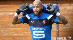Stade Rennais : la situation se complique pour M'Bolhi