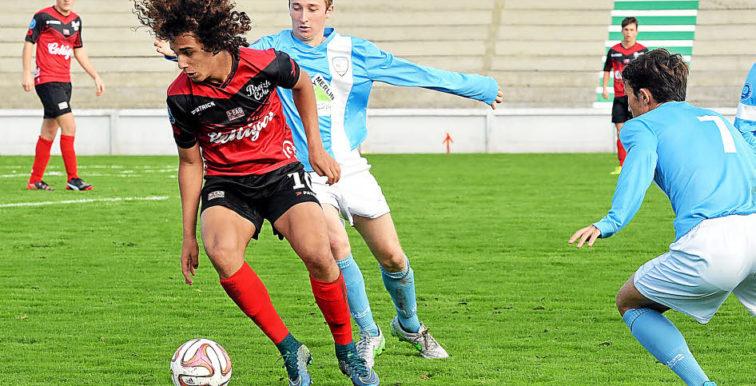"""Boudjemaa (Guingamp) : """"Un réel objectif d'être appelé avec les U20 d'Algérie"""""""