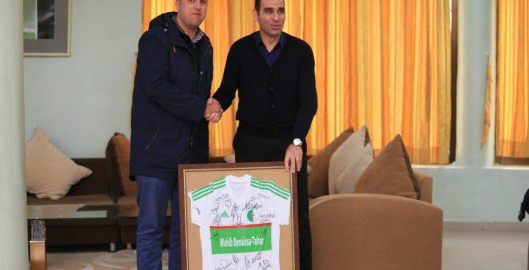 EN : le patron de Coca Cola Algérie en visite à Sidi Moussa