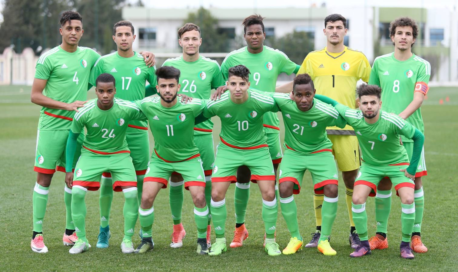 selection algerie u21 azzi