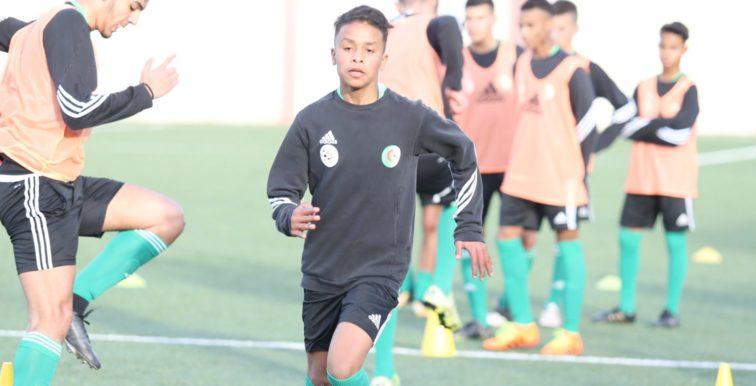 U15 : 26 joueurs en stage à Blida