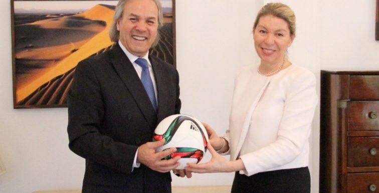 EN : Madjer reçu à l'Ambassade d'Autriche