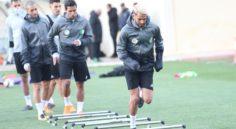 EN : Toujours pas de Brahimi à l'entraînement, Mahrez et Slimani ont repris