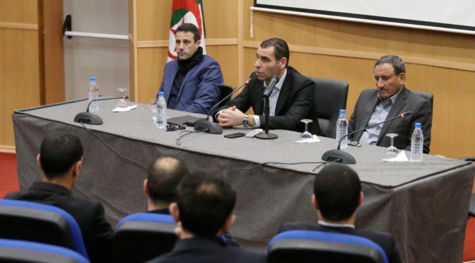 FAF : Zetchi se réunit avec les arbitres à Sidi Moussa