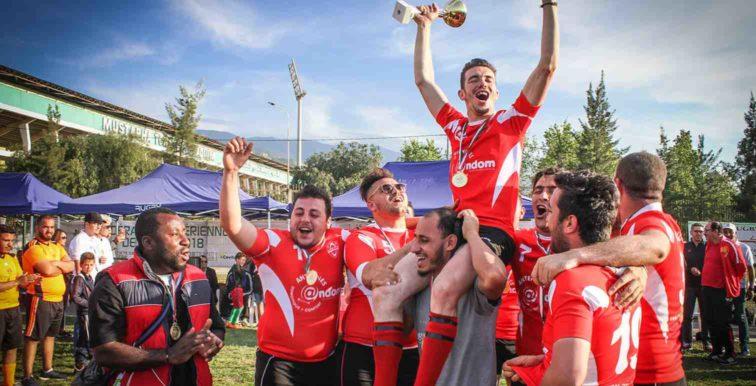 Rugby : belle ambiance à Blida pour les finales