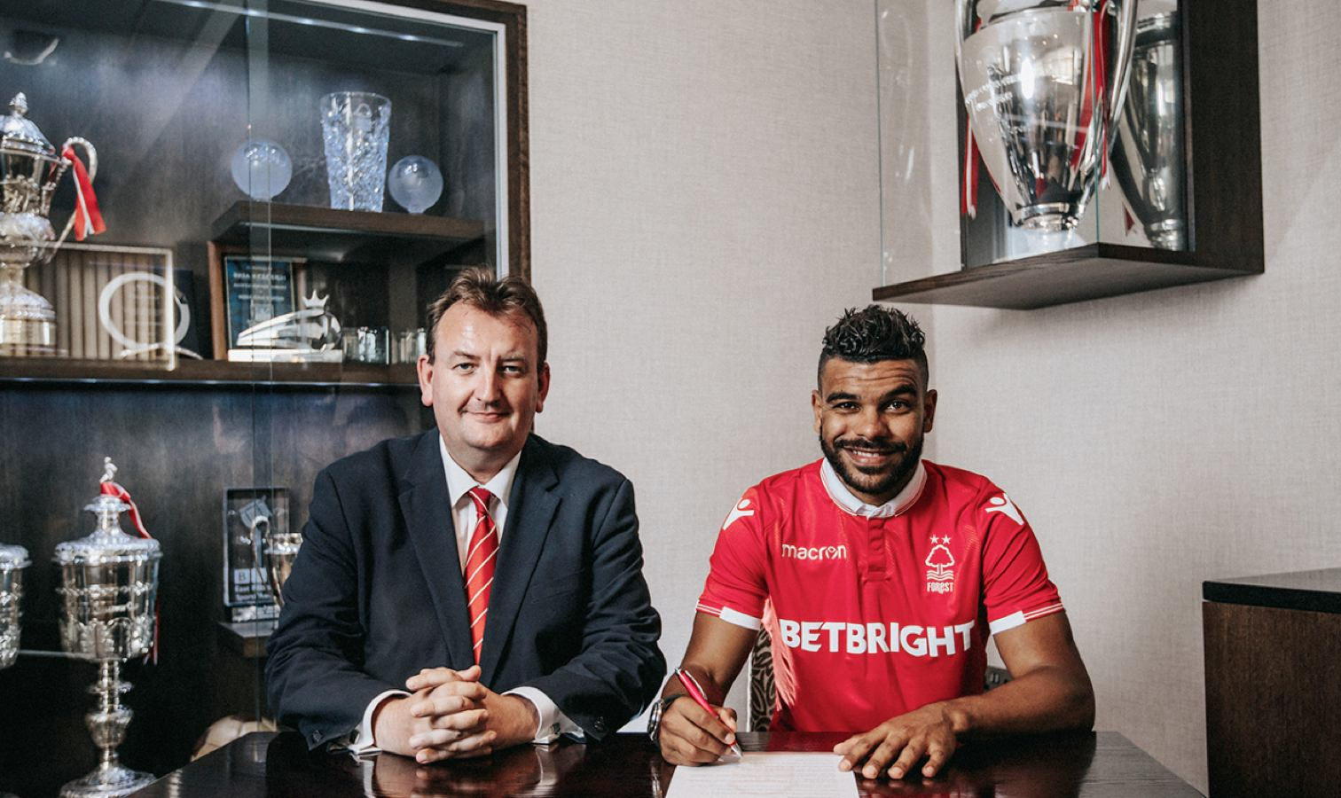 soudani nottingham forest signature