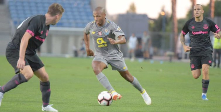 Porto : Brahimi titulaire face à Everton
