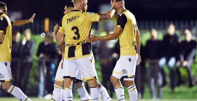 Pays-Bas : Darfalou marque son premier but