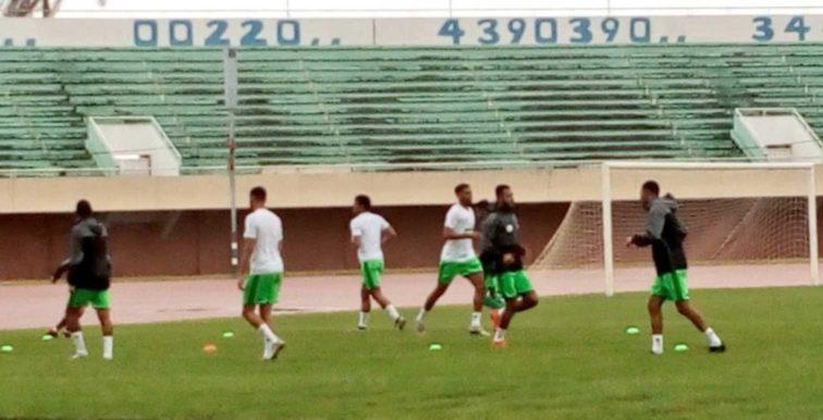 EN : entrainement des Verts à Banjul