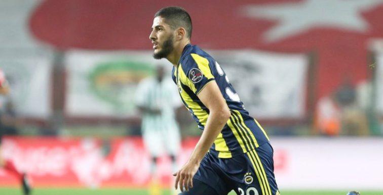 Première passe décisive de Benzia avec Fenerbahçe