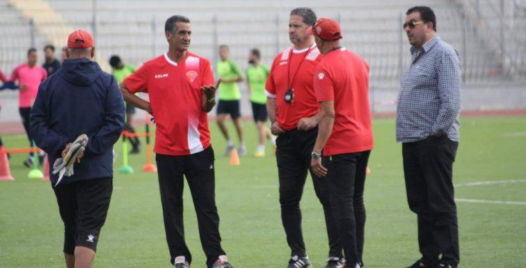 MC Oran : 44 millions DA de dettes du club envers d'anciens joueurs