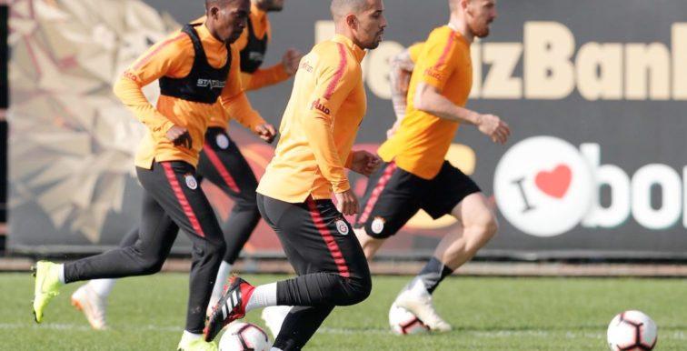 Galatasaray : Feghouli de retour aux entrainements