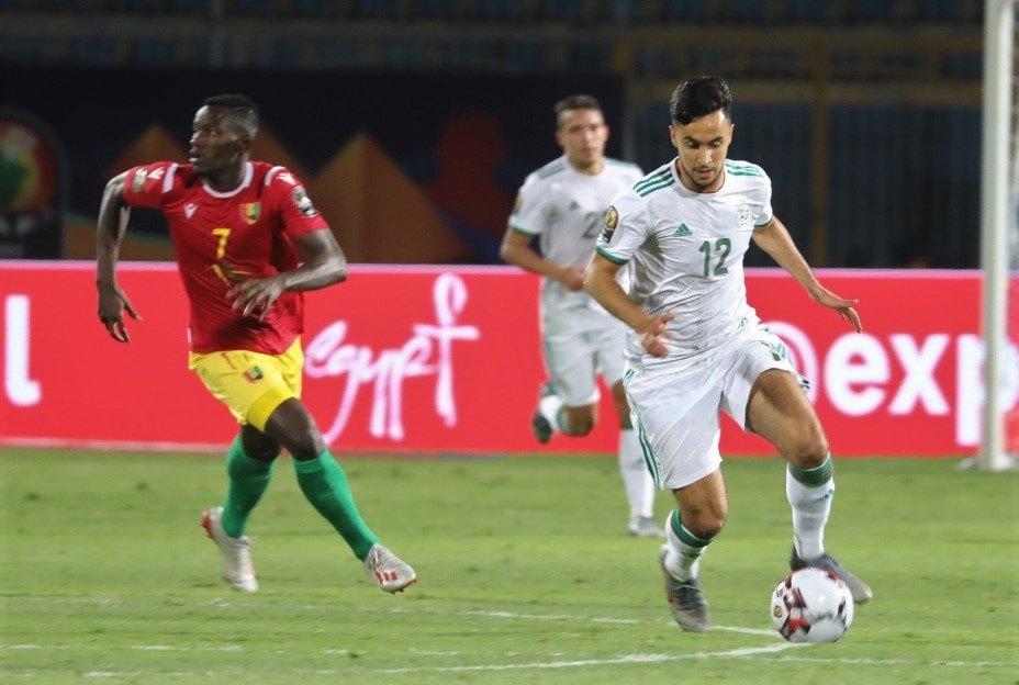 ounas dribble algerie guinee 3-0 can 2019