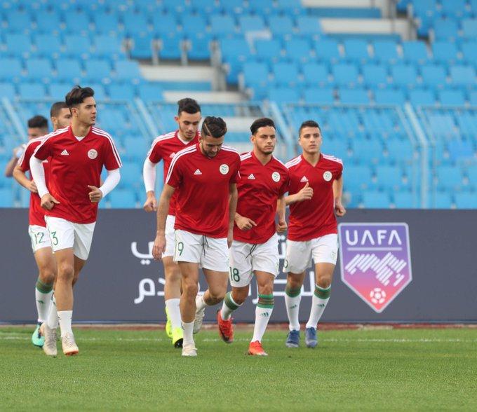 echauffement des algeriens alg arabe cup U20