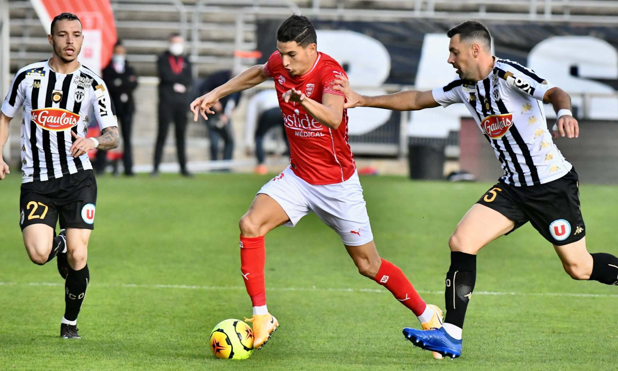 ferhat nimes contre angers