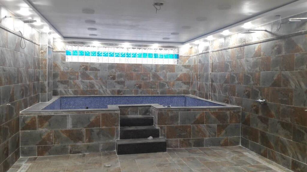 stade tchaker bains vestiaire