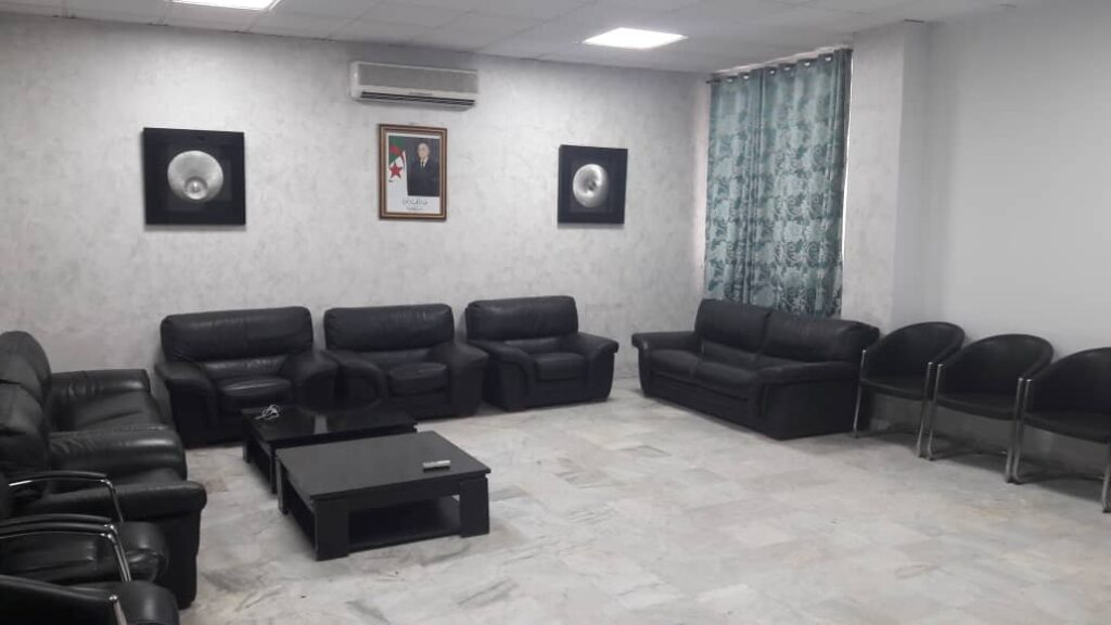 stade tchaker reception salle loge