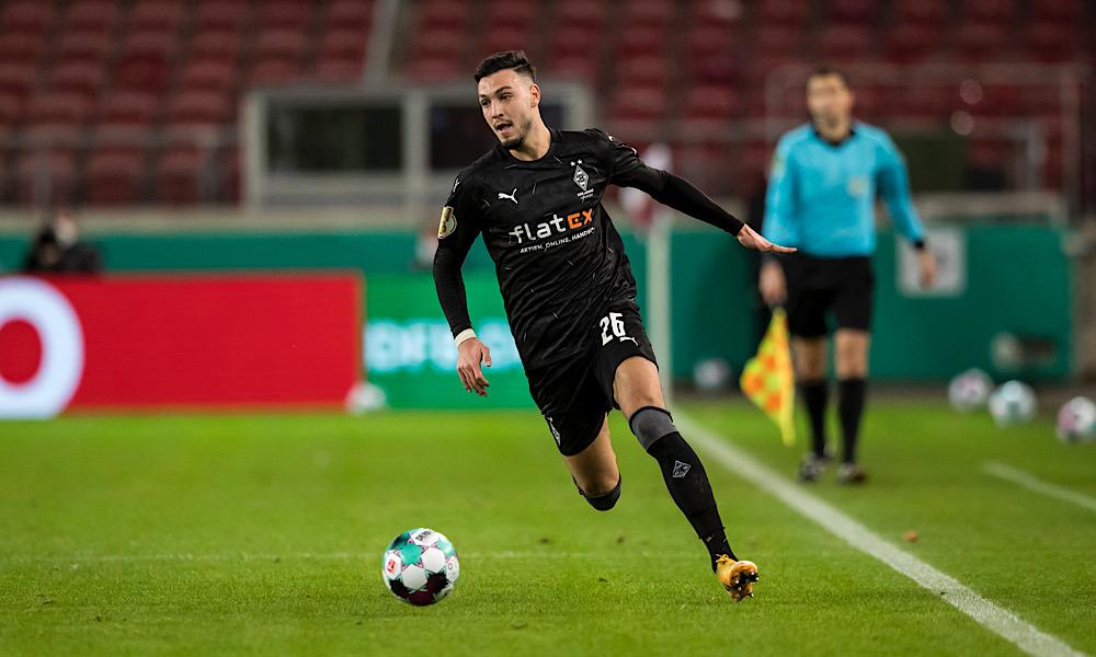Ramy Bensebaïni vs Stuttgart