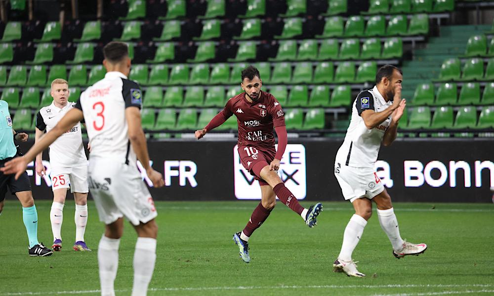Farid Boulaya vs MHSC