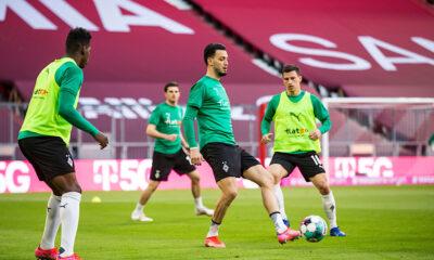 Bensebaïni Échauffement Bayern Borussia