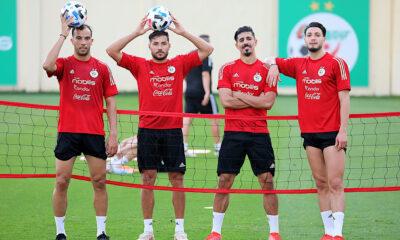 Benlamri Belaili Bounedjah Bensebaini entraînement Algérie Mauritanie