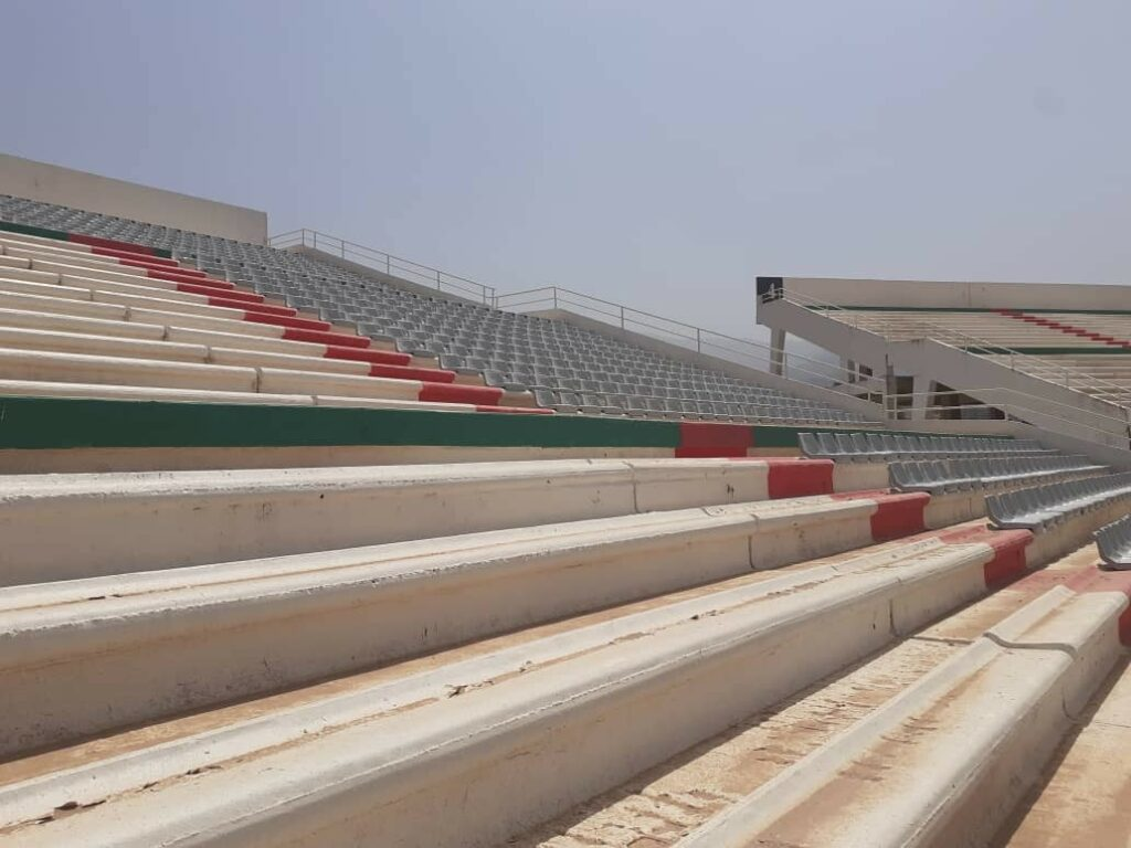 stade tchaker blida aout 2021 gris