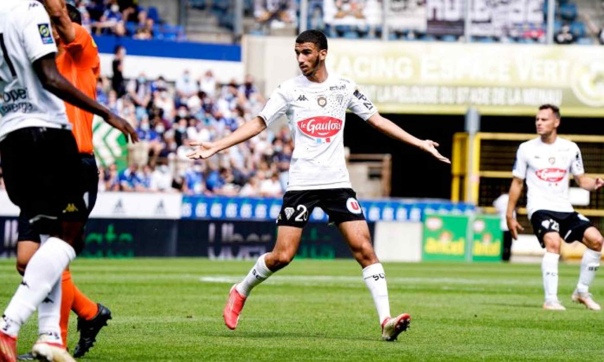 waniss taibi debut titulaire angers sco stras