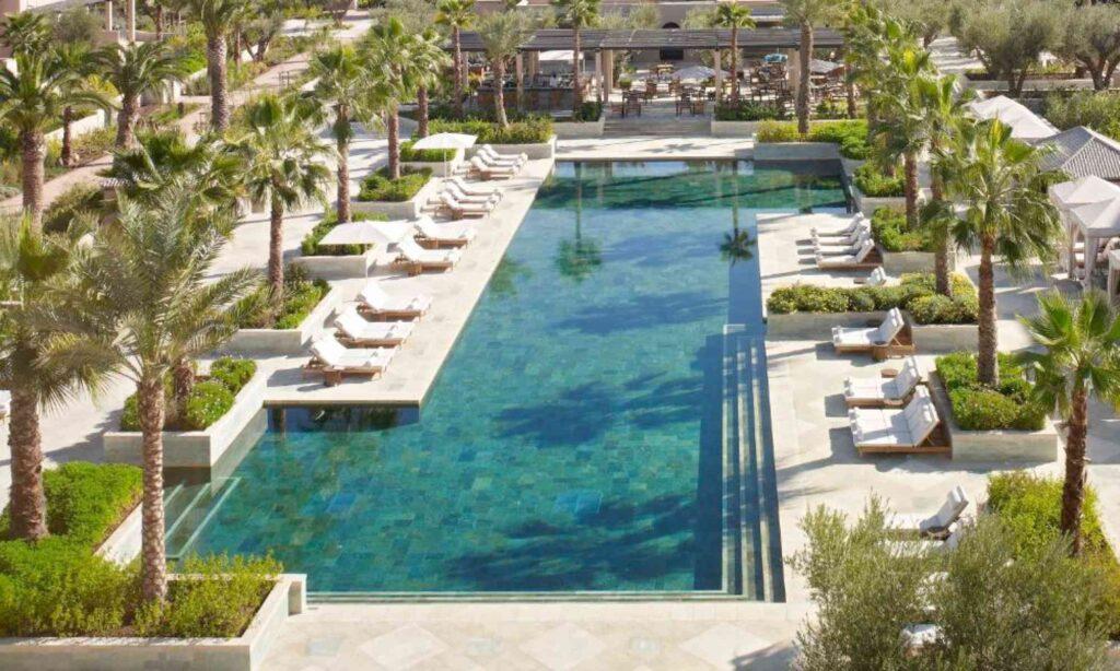 marrakech hotel four seasons maroc piscine